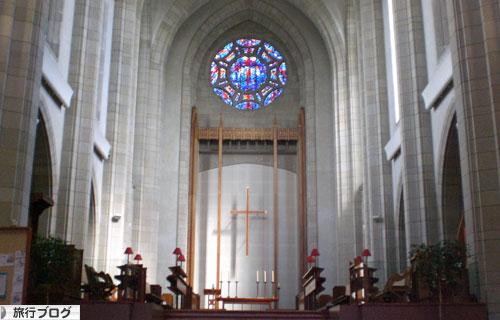 Holy-Trinity-Church-Cross